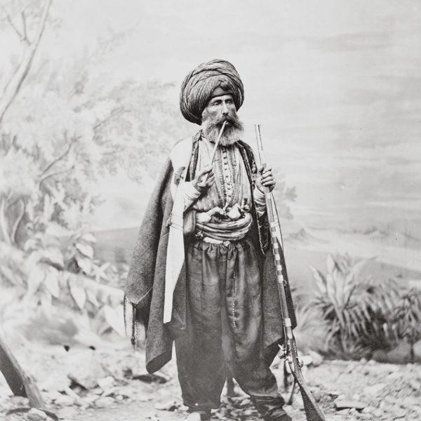 Türkisches Kostüm und Pfeife, Abdullah-Freres, 1869