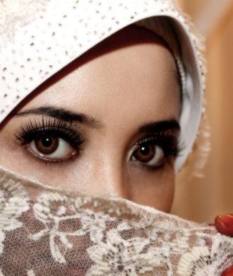 Kopftuch Foto von Diyana Kamaruza