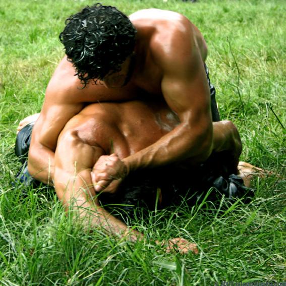 Yagli Güres - Öl Ringkampf