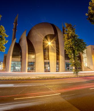 Ehrenfelder DITIB Moschee bei Nacht