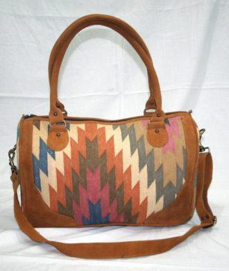 Handgefertigte Handtasche / Duffle Bag aus Kilim
